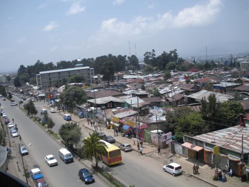 1._Addis_Abeba,_Monta¤a_de_Entoto,_Museo_Nacional,_Merkato_(2)