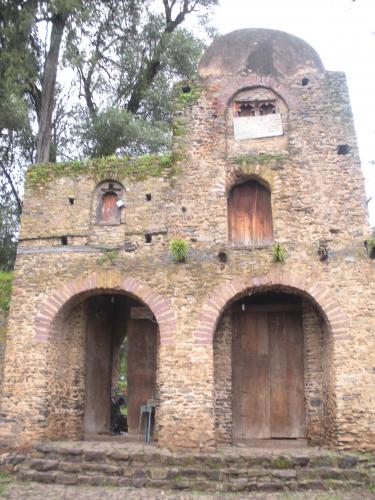 3._Gondar,_iglesia_Berhan_Selassie,_Ciudad_Imperial,_ba¤os_Fasi,_Kuskuam_(15)